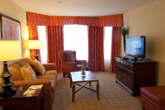 Homewood Suites Rockville - Gaithersburg: Suite Living Area