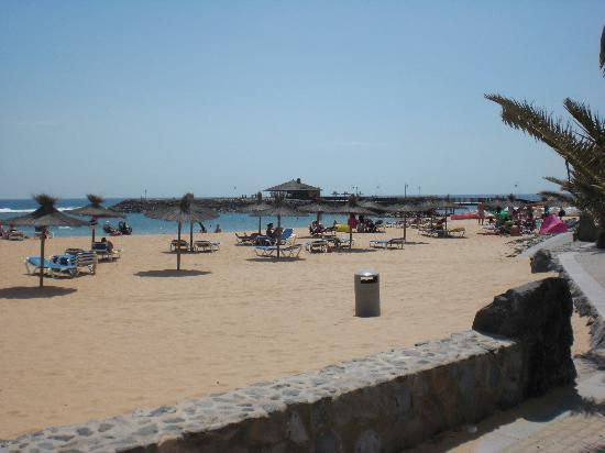 Elba Carlota Beach & Convention Resort: The beautiful beach straigt out the back door