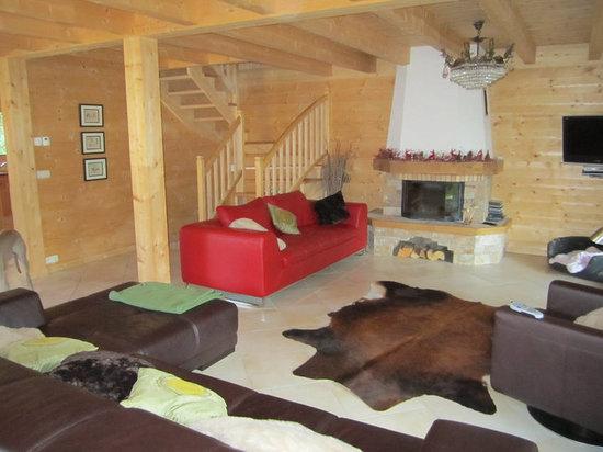 Chalet Neige: Living Room