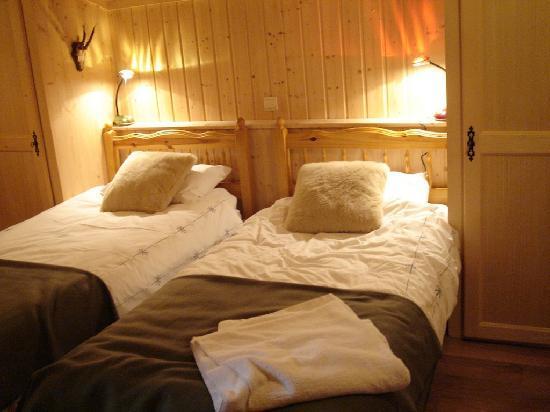 Chalet Neige: Twin en-suite room