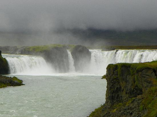 Iceland Guided Tours: Gullfoss Water Fall