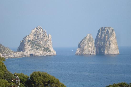 Hotel Weber Ambassador Capri: Amazing view of the Faraglioni Rocks