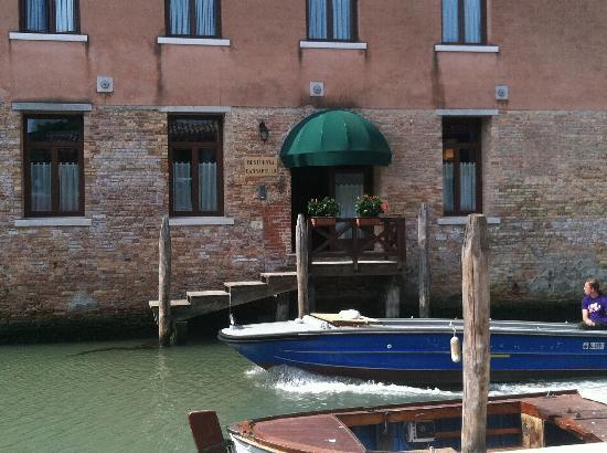 Eurostars Residenza Cannaregio: Entrance for private hire guests