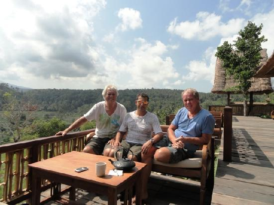 Bali Asli Restaurant: a nice cup of tea with view
