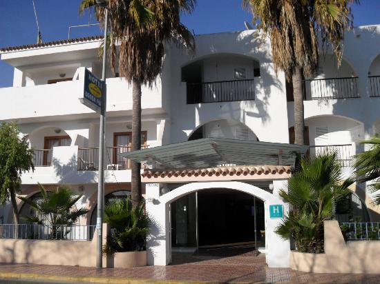 Hotel Playasol Bossa Flow : entrée hotel