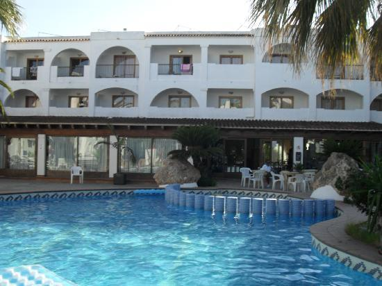 Hotel Playasol Bossa Flow : Piscine/Bar/ Restaurant