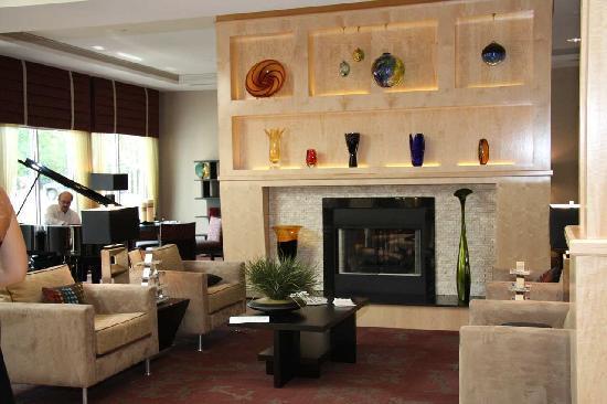 Hilton Garden Inn Toledo Perrysburg: Lobby