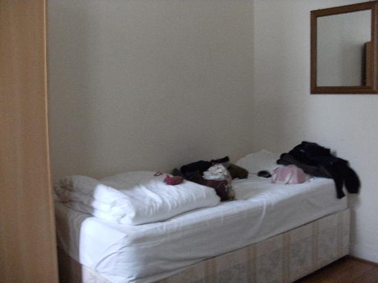 Central Park Hotel@Finsbury Park: Habitación  de 3 camas