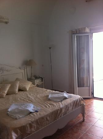 Agali Houses: Bedroom