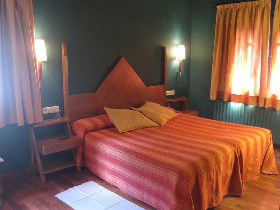 Hotel Vall Ferrera: Habitación superior