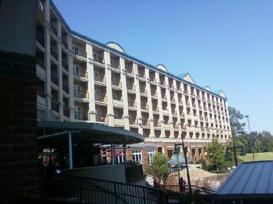 Marriott Shoals Hotel & Spa: Beautiful Hotel