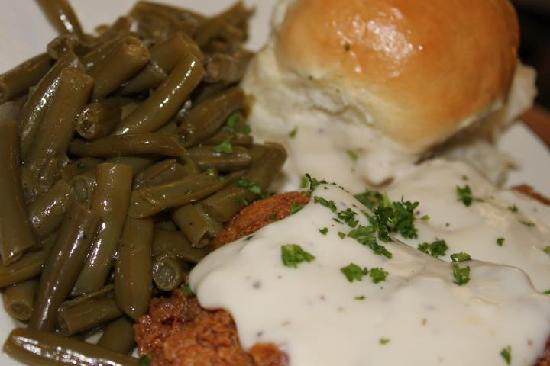 Rooster's: Country Fried Steak