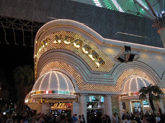 Fremont Street Experience: Must see in Vegas