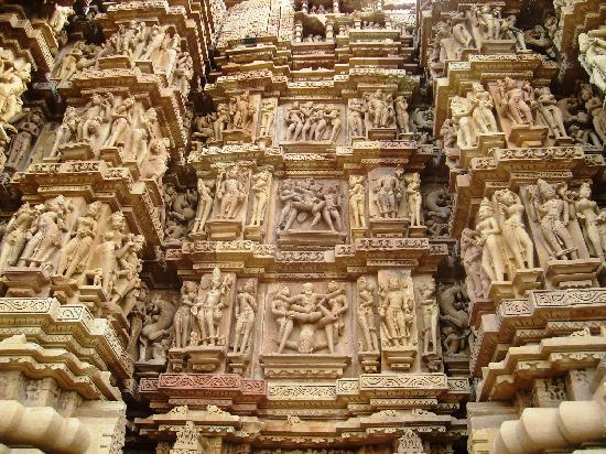 วัดขจุราโห: Figuras en los templos de Khajuraho