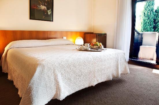 Hotel Due Mori: Camera vista 2