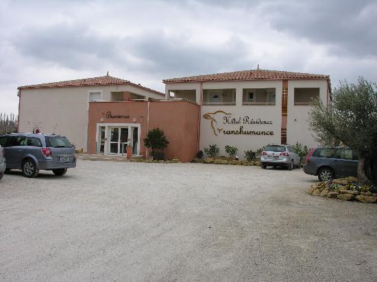 Hotel et Residence de la Transhumance: Hotelfront mit Parking