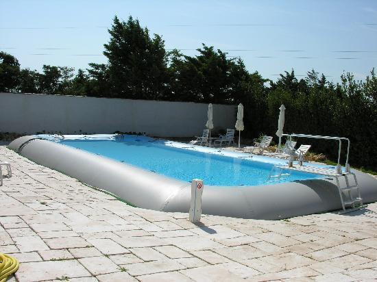 Hotel et Residence de la Transhumance: Zodiac Swimming Pool