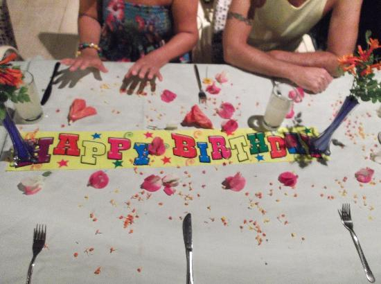 Perdikia Beach Hotel: Birthday table for my Mother in Law