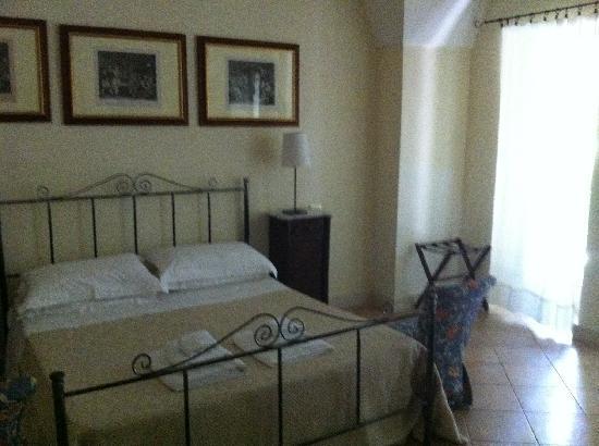 B&B Palazzo Bernardini: camera da letto suite Jacaranda
