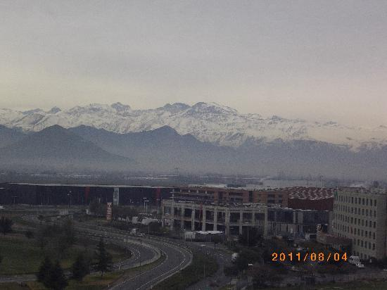 Hilton Garden Inn Santiago Airport: 8th Floor view of Andes