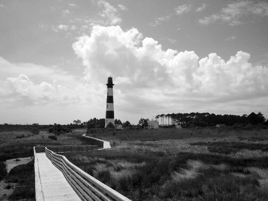 Nags Head Beach Inn: Nearby Lighthouse -drive