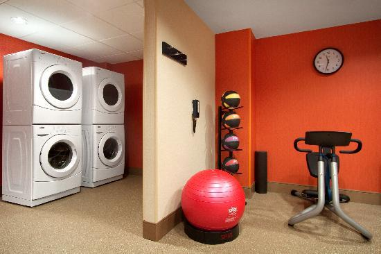 Home2 Suites by Hilton Baltimore Downtown: Spin2 Cycle complete with complimentary guest laundry.