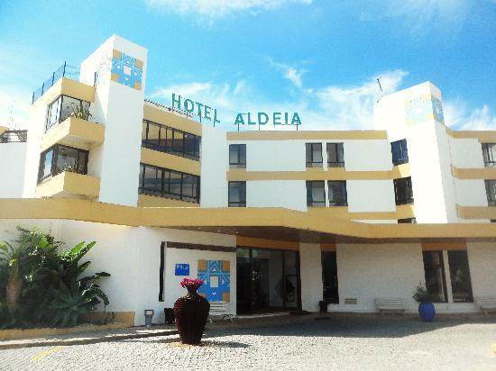 Hotel da Aldeia: Entrance to hotel