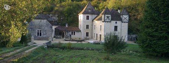 Salignac-Eyvigues, France : Vue de l'ensemble du Moulin