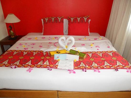 คลับเมด บาหลี: Chambre décorée lune de miel
