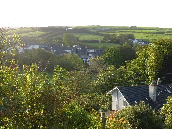 Oak Lodge Bed and Breakfast: View from the Marsden
