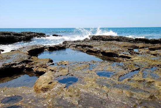 Dulce Villa Bed & Breakfast : Natural Lava Sea Pools