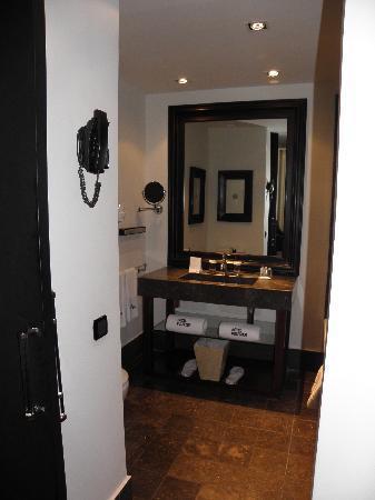 โรงแรมพุลลิทเซอร์: Salle de bain