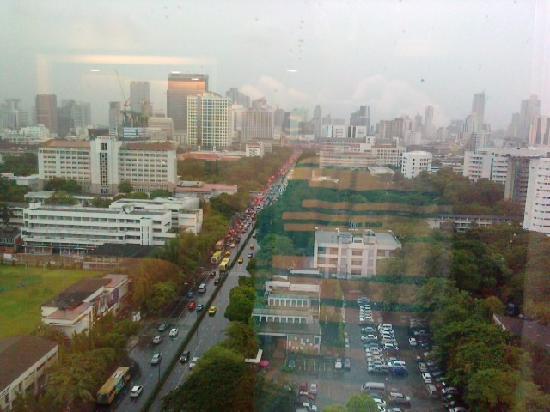 โรงแรมปทุมวัน ปริ๊นเซส: View from 12th floor