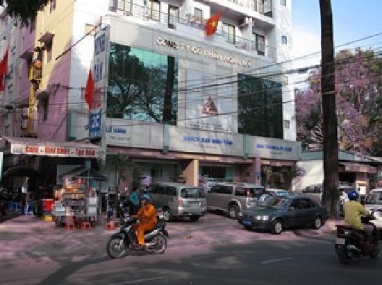 Minh Tam hotel: vue de la rue Le Qui Don