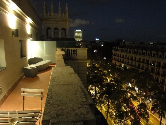โรงแรมวิลสัน บูติค: view from balcony