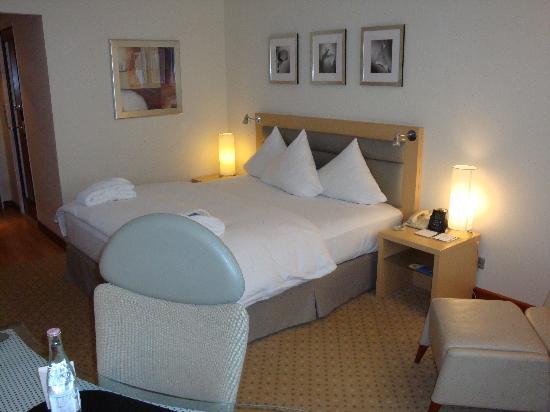 โรงแรมฮิลตัน มิวนิก ซิตี้: King Executive Plus room