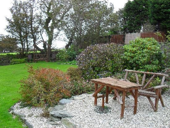 Lastra Farm Hotel & Restaurant : garden