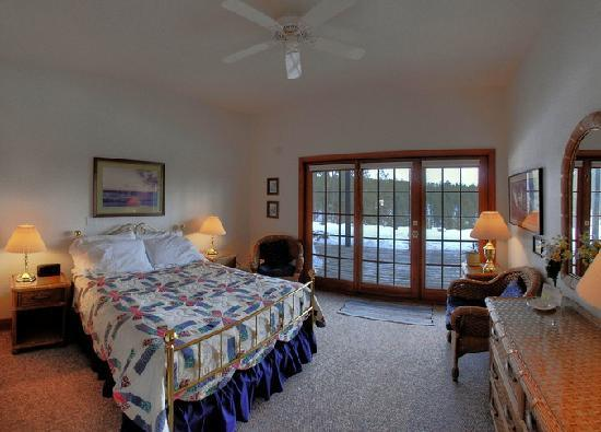 Peregrine Pointe Bed and Breakfast