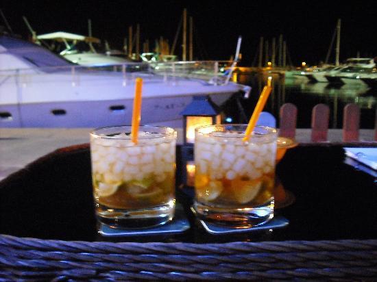 Sol Beach House Ibiza by Melia: Cocktails at Liquido Bar in the Marina