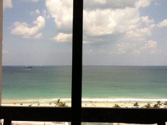 Bahia Mar Fort Lauderdale Beach - a Doubletree by Hilton Hotel: view from room
