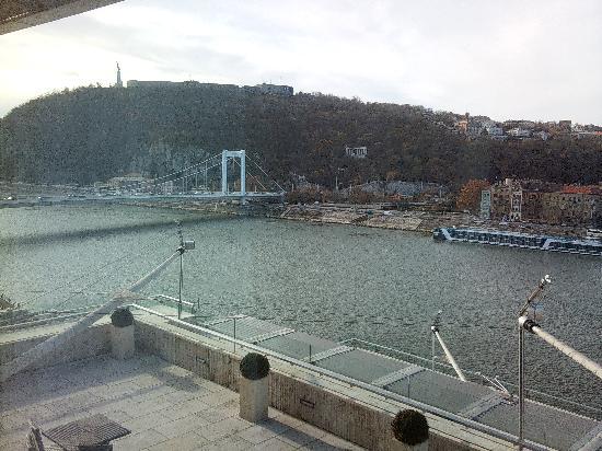 โรงแรมบูดาเปสท์ แมริอ็อต: View from my room