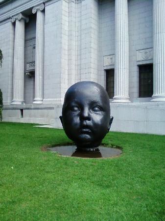 พิพิธภัณฑ์วิจิตรศิลป์: Museum of Fine Arts.