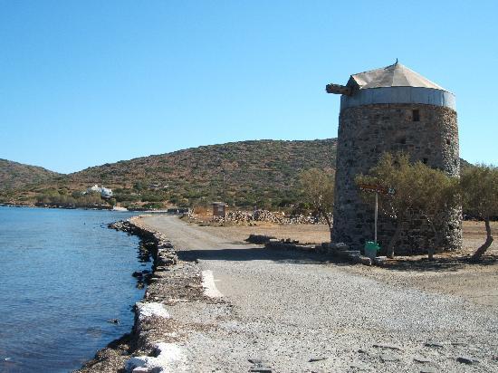 Akti Olous Hotel: Elounda near windmills