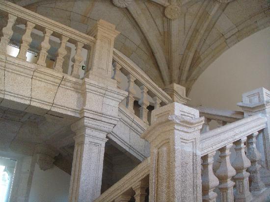 Parador De Santo Estevo: Preciosa escalera