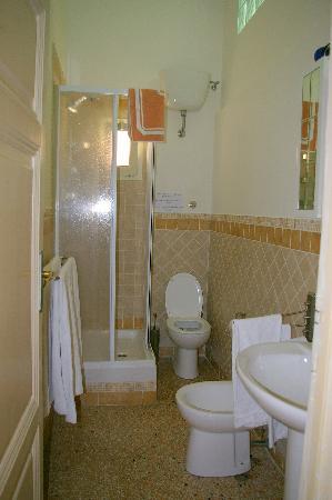 B&B Corso 22: Bathroom