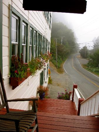 Historic Requa Inn: great place to have your morning coffee