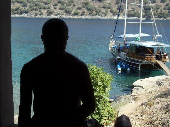 Dalyan Resort: Man in black Erkan, 12 Island trip