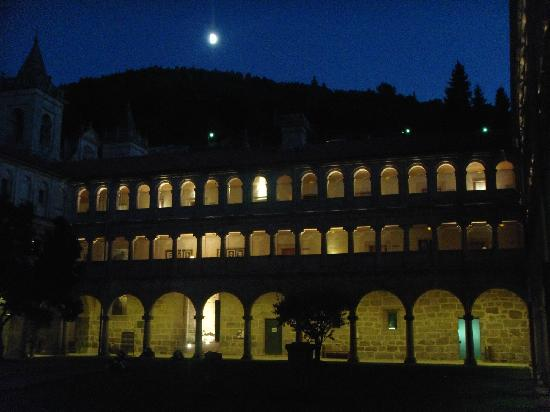 Parador de Santo Estevo: preciosa noche
