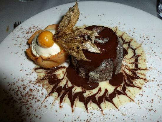 Armazem do Sal: Chocolate Volcano