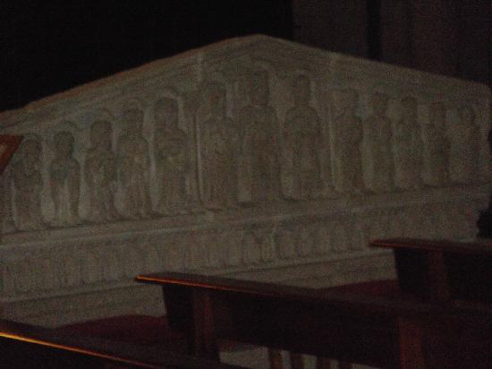 Parador de Santo Estevo: pieza románica (Iglesia Sto. Estevo)